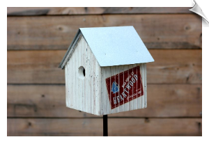 Heartwood's Backroad Birdhouse